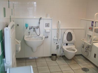 オストメイト対応多目的トイレの写真