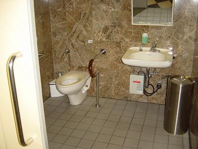 インターシティー2FS&R棟福祉トイレ