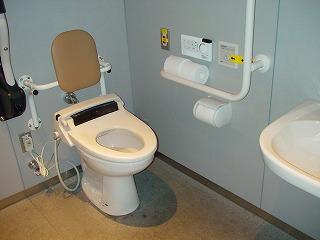 表参道ヒルズの車椅子トイレ